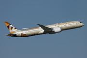 Boeing 787-9 Dreamliner (A6-BLM)