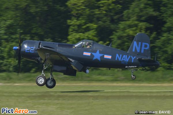 Vought F4U-5NL Corsair (Les Casques de cuir)