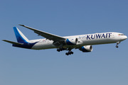 Boeing 777-369/ER (9K-AOH)