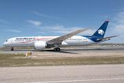 Boeing 787-9 Dreamliner (XA-ADH)