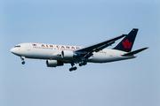 Boeing 767-233/ER (C-FBEM)