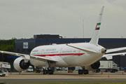 Boeing 787-9 Dreamliner (A6-PFE)