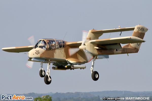 North American OV-10B (Amicale des avions anciens de la Drôme)