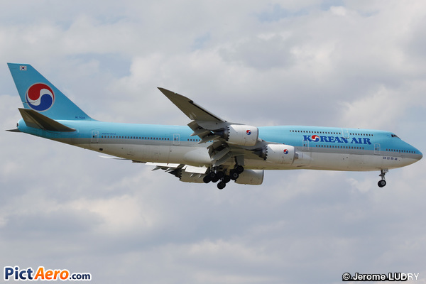 Boeing 747-8B5 (Korean Air)