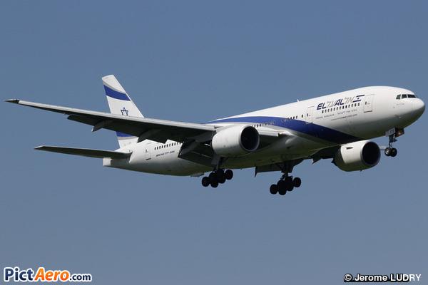 Boeing 777-258/ER (El Al Israel Airlines)