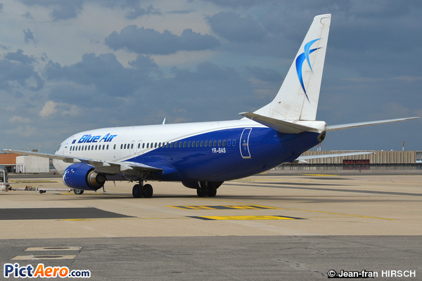 Boeing 737-430 (Blue Air)