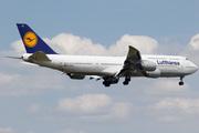 Boeing 747-830 (D-ABYU)