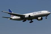 Boeing 777-222/ER (N219UA)