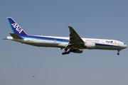 Boeing 777-381/ER (JA787A)
