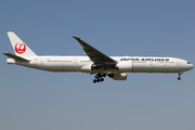 Boeing 777-346/ER (JA735J)