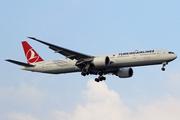Boeing 777-3F2/ER (TC-LJC)