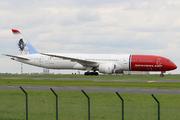 Boeing 787-9 Dreamliner (G-CJUL)