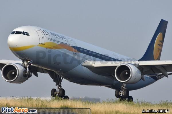Airbus A330-302 (Jet Airways)
