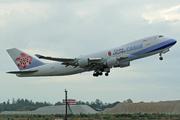 Boeing 747-409F/SCD (B-18709)