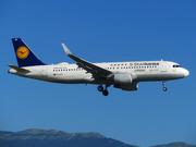 Airbus A320-214/WL (D-AIZX)