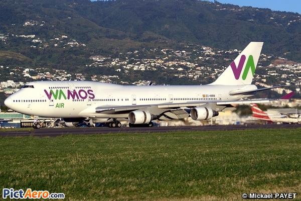 Boeing 747-4H6 (Wamos Air)