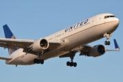Boeing 767-322/ER - N652UA