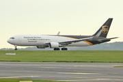 Boeing 767-34AF/ER - N349UP