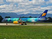 Boeing 757-256 - TF-FIU