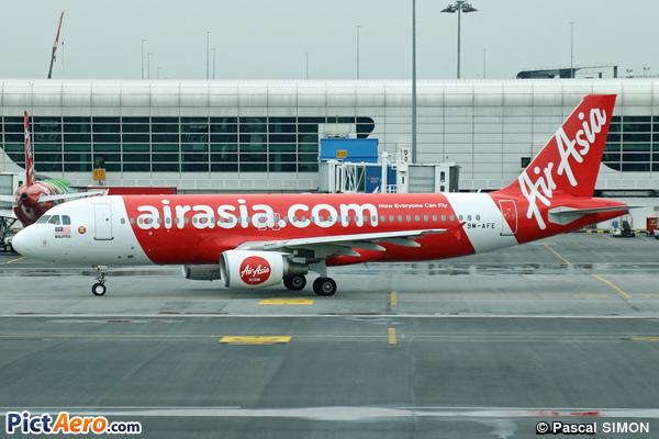 Airbus A320-214 (AirAsia)