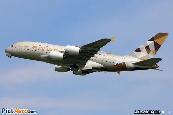 Airbus A380-861 (Etihad Airways)