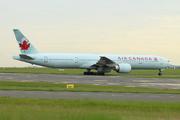 Boeing 777-333/ER (C-FIVS)