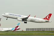 Airbus A321-231/WL (TC-JSS)