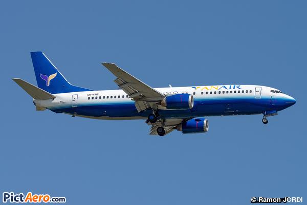 Boeing 737-4Y0 (Yan Air)