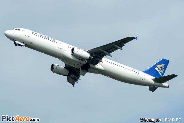 Airbus A321-131 (Air Astana)