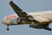 Boeing 777-260/LR (ET-AQL)
