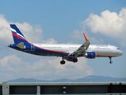 Airbus A321-211/WL (VP-BKR)