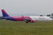 Airbus A321-231/WL (HA-LXC)