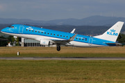 Embraer ERJ-175STD (PH-EXW)