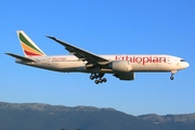 Boeing 777-260/LR (ET-ANR)