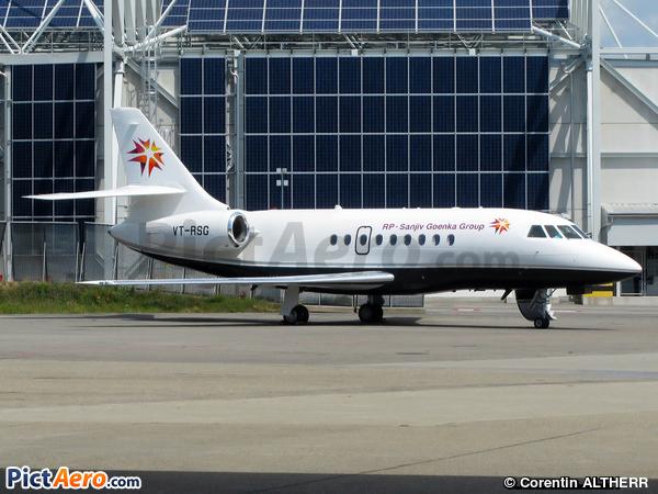 Dassault Falcon 2000EX (Sanjiv Goenka Group)