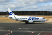 Boeing 737-524/WL (VP-BYM)