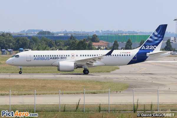 Airbus A220-300 (Airbus Industrie)