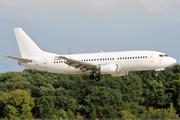 Boeing 737-33R (LY-EWE)