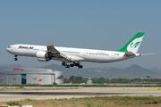 Airbus A340-642 (EP-MMH)