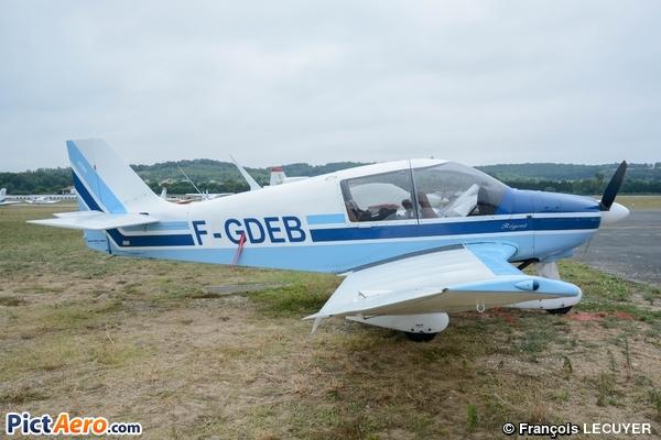 Robin DR 400-180 (Aéroclub IPSA Infirmières Pilotes Secouristes de l'Air)