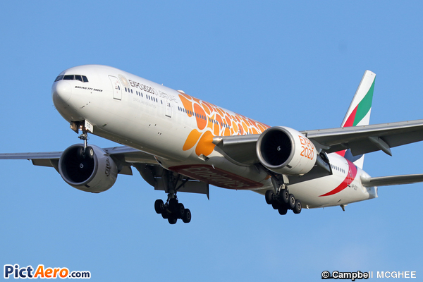 Boeing 777-36N/ER (Emirates)