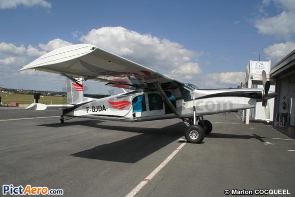 Pilatus PC-6/B2-H2 Turbo Porter (Pau Parachutisme Passion)