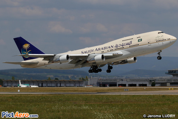 Boeing 747-3G1 (Saudi Arabia - Royal Flight)