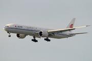 Boeing 777-39L/ER (B-2037)