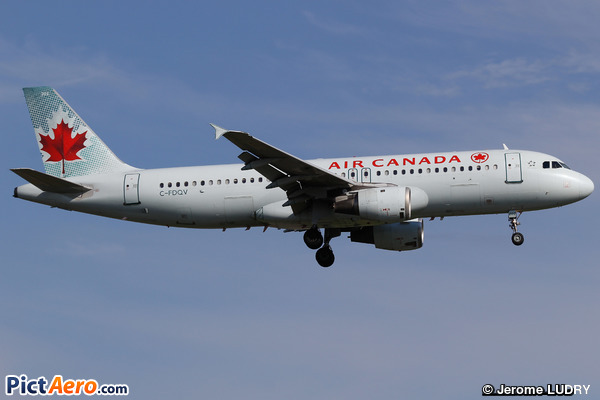 Airbus A320-211 (Air Canada)