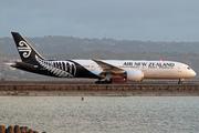 Boeing 787-9 Dreamliner (ZK-NZD)