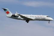 Canadair CL-600-2B19 Regional Jet CRJ-200ER (C-GUJA)