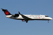 Canadair CL-600-2B19 Regional Jet CRJ-200ER (C-FEJA)