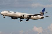 Boeing 767-424/ER (N66056)