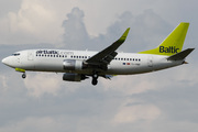 Boeing 737-33A (YL-BBI)